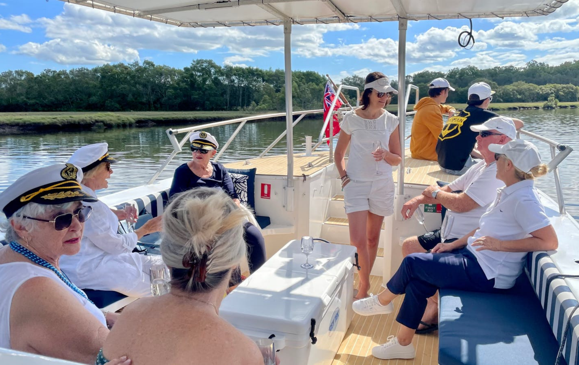 Beachcomber Charters - Gold Coast Day Tours